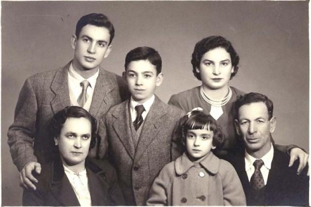 La familia de Juan Calderón (1954)